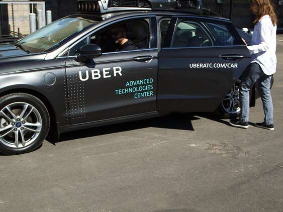 Best Car For Uber >> How Uber One Of The Best Taxi Food Delivery Service Pr